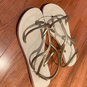 Brand new sandle